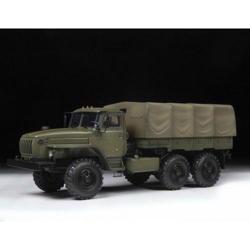 """Российский армейский грузовик """"Урал-4320"""""""